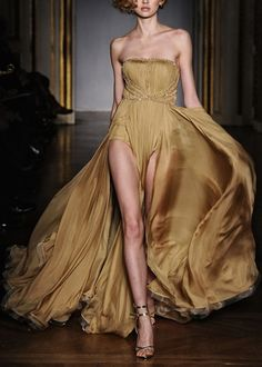 Delik Hanif Spring/Summer Haute Couture 2011.