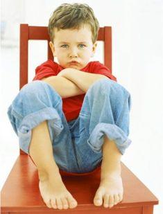 Büyüklerin Farkına Varmadan Çocukları Yaramazlaştıran 7 Ortak Davranışı