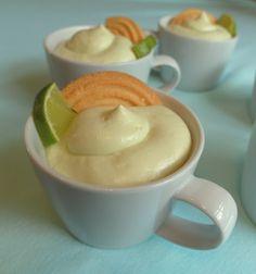 Aneta Goes Yummi: Osudové key lime poháre s nadýchaným krémom zo šľahačky, limetiek, kondenzovaného mlieka, avokáda a sušienok