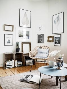 A TINY STUDIO APARTMENT WITH TOUCHES OF BLUE | THE STYLE FILES ...