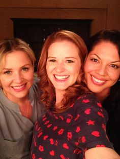 Photo of Sara Ramírez & her friend actress  Sarah Drew - Cast of Grey
