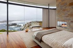 Floor-to-ceiling windows or glass walls are the best choice when you want to emphasize the views