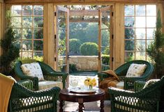 Green wicker chairs in Oprah& house Oprah Winfrey House, Outdoor Rooms, Outdoor Living, Porches, Houses Architecture, Classical Architecture, Montecito California, Unusual Homes, Celebrity Houses