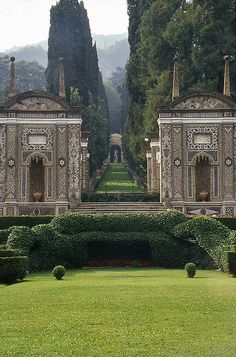Villa d'Este, Cernobbio, Lake Como Get the best guided tours on the lake with http://milanoarte.net/en/day-trips-and-excursions/blue-waters-white-mountains-and-splendid-villas-discover-lake-como