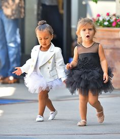 Stock Photo - Kim Kardashian takes her daughter North West and her niece Penelope to a ballet class in Tarzana Featuring: North West, Penelope Disick Where: Los Angeles, California, United Baby Girl Fashion, Toddler Fashion, Toddler Outfits, Kids Fashion, Girl Outfits, Little Girl Dresses, Flower Girl Dresses, Celebrity Kids, Kind Mode