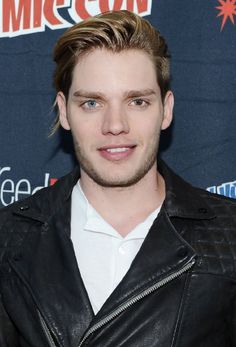 Dominic Sherwood. Dominic was born on 6-2-1990 in Tunbridge Wells, Kent, England, UK as Dominic Anthony Sherwood. He is an actor, known for Vampire Academy (2014), Shadowhunters (2016), Taylor Swift: Style (2015), and Not Fade Away (2012).