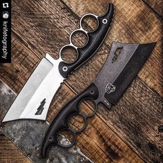 A cleaver and brass knuckles combined together? Cool Knives, Knives And Tools, Knives And Swords, Brass Knuckles, Weapons Guns, Fantasy Weapons, Tactical Knives, Katana, Custom Knives