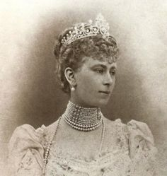 Mary of Teck, Princess of Wales (later Queen consort of King George V), wearing the Some Ladies of England Tiara, United Kingdom (1893; pearls, diamonds). A wedding gift to Queen Mary.
