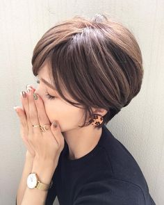 Pin on ファッションコーデ Pin on ファッションコーデ Bob Haircut For Fine Hair, Cute Hairstyles For Short Hair, Easy Hairstyles, Girl Hairstyles, Funky Short Hair, Short Hair Cuts, Short Hair Styles, Viking Hair, Short Layered Haircuts