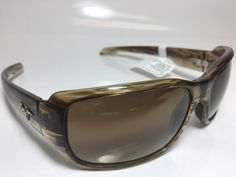 NEW AUTHENTIC MAUI JIM POLARIZED SUNGLASSES MJ 226 15 HAMOA BEACH ROOTBEER  MODEL#022  PRICE: $2,600.00  Model: MJ 226 15 HAMOA BEACH Style: Fashion Rectangle Frame/Temple Color: - STRIPED ROOTBEER Gender: Unisex Made In: Italy  Lens Width: 61 mm Eye: 53 MM Bridge: 17 mm Bridge: 21 MM Arm Length: 130 mm Temple: 140 MM Item Includes: Maui Jim Sunglasses, Maui Jim Original Case & Cleaning Cloth