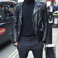 Look At These Men's Jackets. Find out some good men's fashion. With so much style for men available currently, it can be a overwhelming encounter. Cargo Jacket Mens, Men's Leather Jacket, Leather Men, Bomber Jacket, Leather Jackets, Fashion Moda, Look Fashion, Urban Fashion, Fashion Outfits