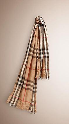 Camel check Check Merino Wool Cashmere Crinkled Scarf - Image 1 Haute  Couture, Burberry Écharpe 09f5fcebbd8