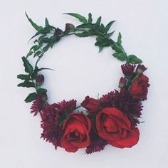 Simple + elegant flower crown