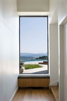 Modern architecture blurs the line between walls and windows. See the best of modern windows in most unconventional sizes, frames, and shapes. Contemporary Windows, Modern Windows, Modern Window Seat, Contemporary Garden, Garden Modern, Contemporary Kitchens, Contemporary Bedroom, Interior Architecture, Interior And Exterior