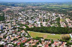 Umuarama, Paraná, Brasil - pop 107.319 (2014)