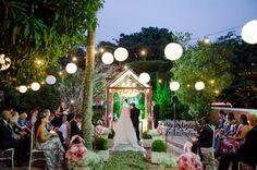 Para todas as noivas é sempre um desafio escolher um tema para o casamento, principalmente para quem quer economizar...