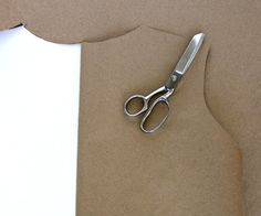 As with life, along your sewing journey there are moments that change you. Things you learn that blow your mind, and change the way you do things. When things like this happen, it can totally alter the way you think about sewing. Stop you from cringing over sewing an armhole, from shying away from certain fabrics, or from making that expensive purchase. It can mean sewing freedom. Here are 10 […]