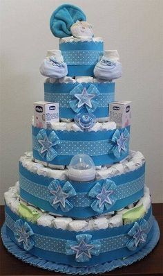 45 Cool Baby Shower Gift Ideas For Baby Boy - babyideaz Gateau Baby Shower, Baby Shower Cakes, Baby Shower Themes, Baby Shower Decorations, Baby Shower Gift Basket, Baby Shower Diapers, Baby Boy Shower, Baby Shower Gifts, Diy Diaper Cake