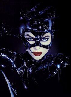 Con el inminente lanzamiento de The Dark Knight Rises, parecía el momento adecuado para hablar de los  diez mejores de la vida de Catwoman. Si bien ha habido numerosas encarnaciones de Batman (aunque sólo sea en las películas, cinco actores diferentes a la fecha), muchas veces Catwoman (Selina Kyle)