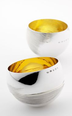 Metalsmith Christopher Perry will be exhibiting at this years' Harley Art Market, 28-30th November 2014 at The Harley Gallery, Welbeck, Nottinghamshire, S80 3LW.