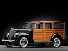 1937 Ford Woodie Deluxe Station Wagon