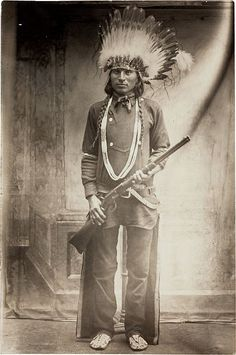 Cool photo of Chief Bad Horse (Sioux) with a Winchester rifle. #winchester #circlekbholsters