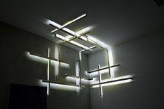 Arandela (se é que se pode chamar assim) So Light, da francesa Isabelle Stanislas, na Nilufar
