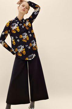 Theory Fall 2016 Ready-to-Wear Fashion Show - Maria Zakrzewska