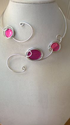 Fuchsia jewelry set   Aluminium wire by LesBijouxLibellule on Etsy
