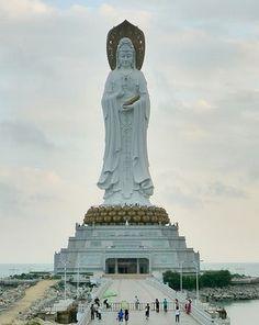 Guanyin (108 méter)