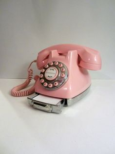 Pink Polyconcept Push Button Phone  Works por MICSJWL en Etsy, $95.00