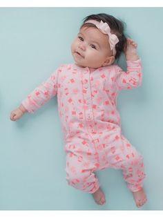 Z8-Newborn meisjes boxpakje licht rose Direct leverbaar uit de webshop van www.humpy.nl/
