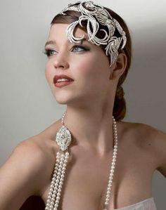 Collar & headpiece fab!