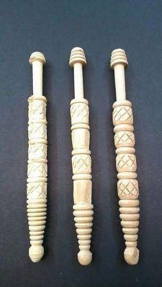 Variedad de bolillos de Almagro, tallados