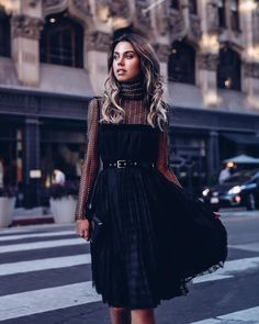 6 φορέματα που μπορείς να φορέσεις αυτή την εποχή - JoyTV Φθινοπωρινά  Σύνολα 9ad1833cf29