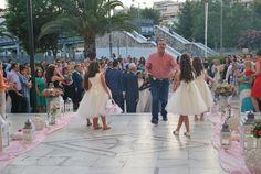 στολισμος γαμου με ροζ τριανταφυλλα που δεν είναι πια μέρος του μυαλού σας αλλά της πραγματικότητας ,Γάμος, Βάπτιση, Δεξίωση, Στολισμοί Γάμων Bridesmaid Dresses, Wedding Dresses, Fashion, Bridesmade Dresses, Bride Dresses, Moda, Bridal Gowns, Fashion Styles, Weeding Dresses