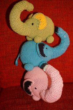 Häkelanleitung auf etsy, pdf-Datei zum Download Yoshi, Tweety, Fictional Characters, Etsy, Graphics, Craft Gifts, Threading, Fantasy Characters