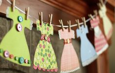 How to Make a Sweet Paper Dress Garland. Would also be good as garland for a baby girl 'cute as a button' shower theme Birthday Party Decorations, Birthday Parties, 2nd Birthday, Girl Parties, Birthday Bunting, Serpentina, Crafts For Kids, Diy Crafts, Bunting Garland