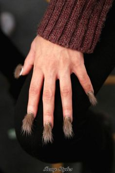 Newest fur style nails art design 2017 - Reny styles Nail Art Design 2017, Nail Art Designs, Fur Fashion, Manicure And Pedicure, Art And Architecture, Arm Warmers, Style Nails, Division