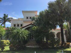Modern Mediterranean at 541 S.exclusive Mashta Island on Key Biscayne Key Biscayne, Island, Mansions, Architecture, House Styles, Modern, Plants, Home Decor, Arquitetura