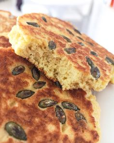 Low carb a keto bagetky - Keto Recepty Low Carb Keto, Lchf, Banana Bread, Paleo, Food And Drink, Gluten Free, Desserts, Recipes, Lowes