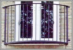 Spen Curved Wrought Iron Balcony / Balconette