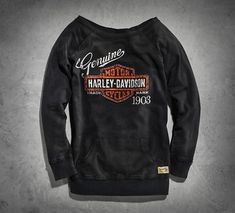 With classic graphics, raw seams, and a vintage wash, the women's Genuine Activewear Pullover captures a bit of history. Create a few new adventures every time you slip into this relaxed French terry women's long sleeve top.