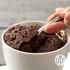 mug cake recipe & mug cake ; mug cake microwave ; mug cake recipe ; mug cake microwave easy ; mug cake microwave easy 3 ingredients ; mug cake microwave healthy ; mug cake keto ; mug cake healthy Microwave Chocolate Mug Cake, Mug Cake Microwave, Chocolate Mug Cakes, Chocolate Chips, Chocolate Muffin In A Mug Recipe, Homemade Chocolate, Chocolate Melting Cake, Quick Chocolate Cake, Easy Microwave Recipes