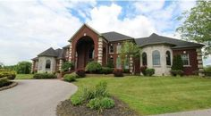 Search all the $500,000+ homes currently available in Louisville and the surrounding areas!