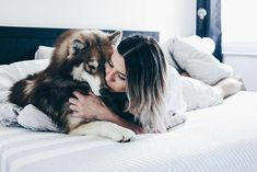 Haski Dog, Dog Mom, Cute Husky, Husky Puppy, Animals And Pets, Funny Animals, Cute Animals, Girl And Dog, Service Dogs