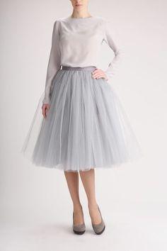 Spódnica tiulowa w dowolnym kolorze, idealna na większe wyjście lub do rozkloszowanych spódnic jako halka. Spódnica szyta na zamówienie. Możliwość wybrania koloru i dobrania rozmiaru. Czas...