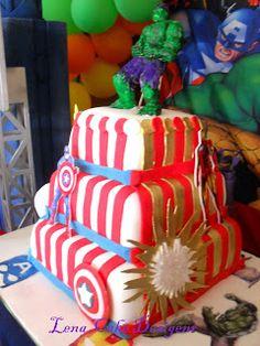 Bolo os Vingadores- Avengers cake