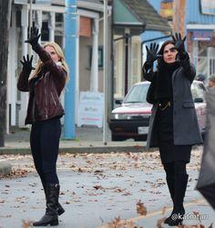 Jennifer Morrison and Lana Parilla on the set - 4 * 12 - 18 November 2014