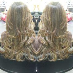 #hair #cabello #sunkissed #besosDeSol #estilista #peluquero #Panama #pty #axel #axel04 #picoftheday #mirrorphoto